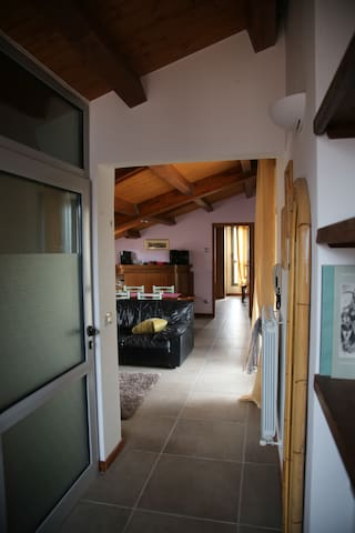fra Assisi-Gubbio  per tour umbria - Gualdo Tadino - Apartment
