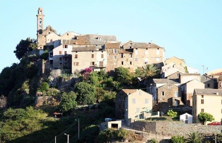 Maison de village près aéroport de Bastia-Poretta