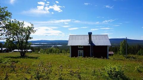 Hus i Norrland med fantastisk utsikt