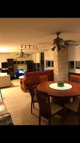Apartment with spectacular Condado Lagoon view