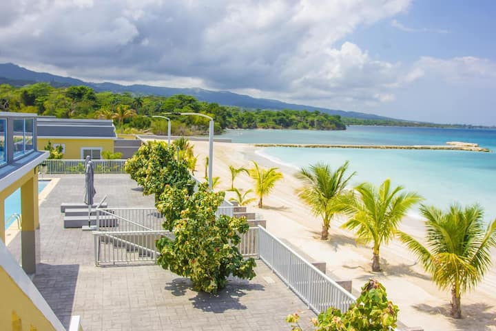 Private Beachfront Bungalow with Housekeeping