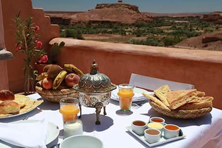 RIAD CARAVANE NIAMEY - Ouarzazate - Bed & Breakfast