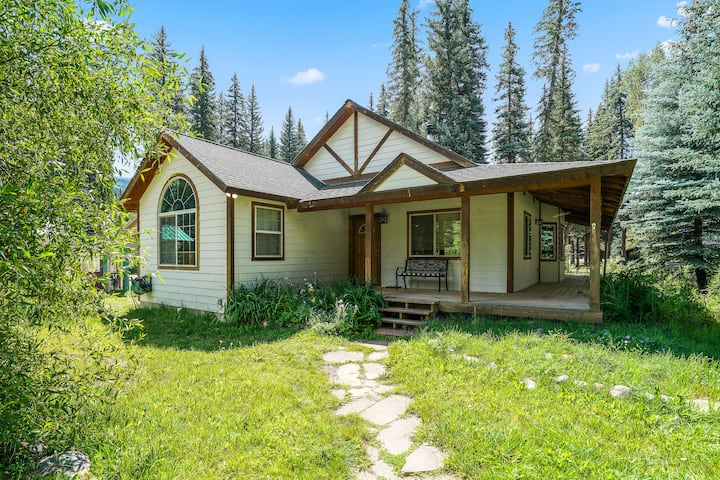 Vallecito Lake Pet Friendly Near Durango Hiking