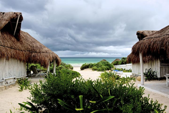 ❤ TULUM'S BEACH FRONT/ ECO-CHIC ROOMS/GROUPS ONLY!