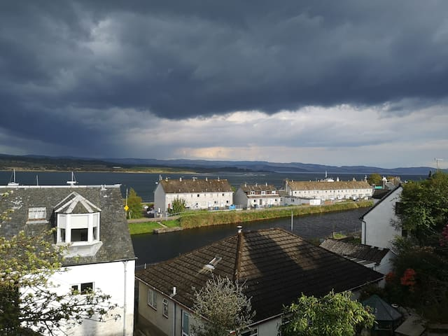 Breakfast overlooking stunning skies abive the Crinan Canal and Loch Gilp... Whatever the weather