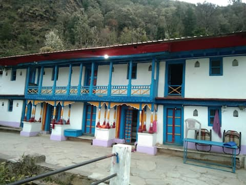 Chopta homestay by The Himalayan leopard