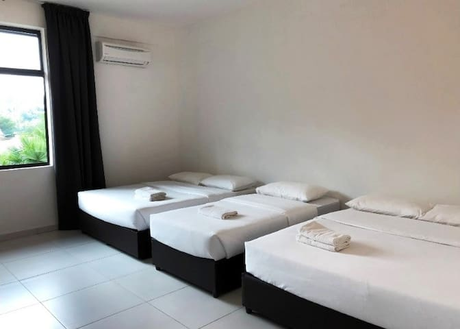 5pax/Room Sg Lembing Riverside, Kuantan 河边优雅民宿/看日出