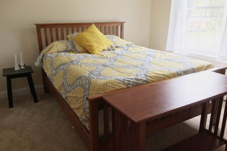 Comfortable Room Just Outside City! - Westbrook