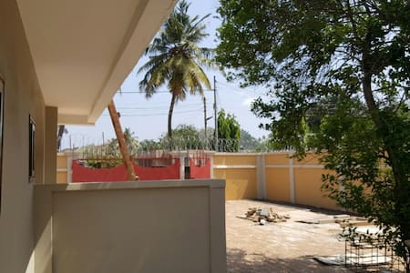 Newly Built 3 BR House  for long & short term stay - Accra - House
