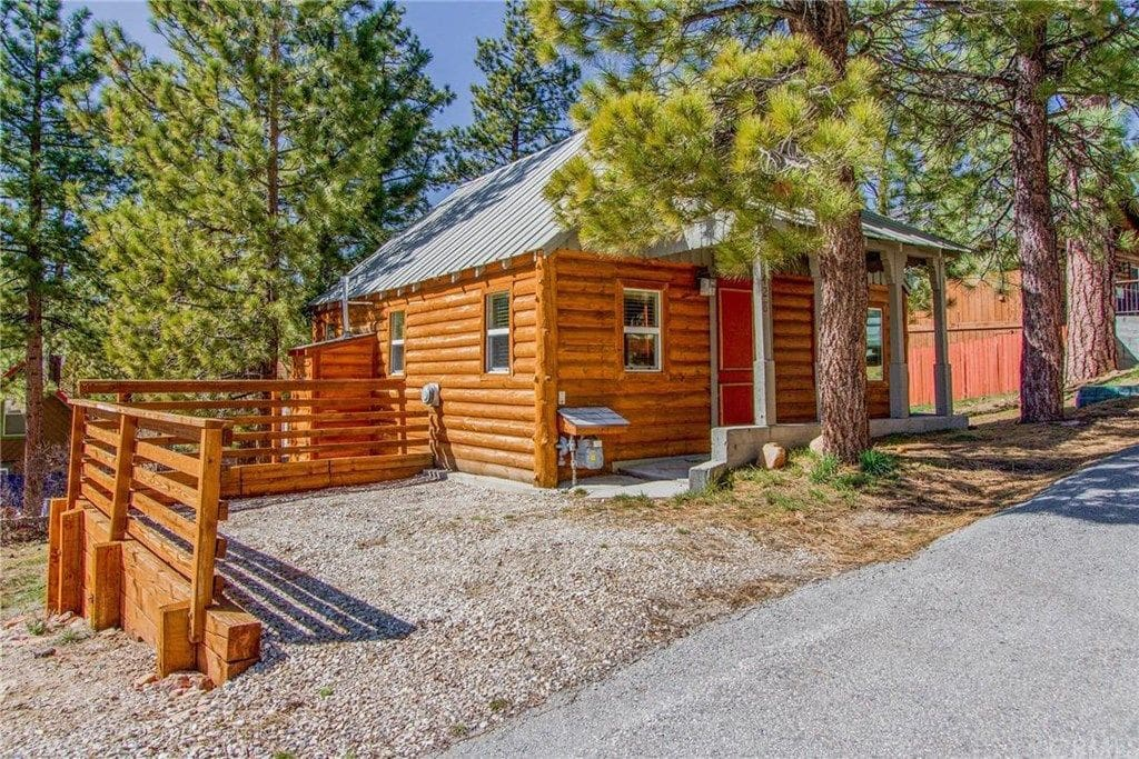 Bearly home cabin big bear lake ca blockh tten zur for Big bear 2 person cabin