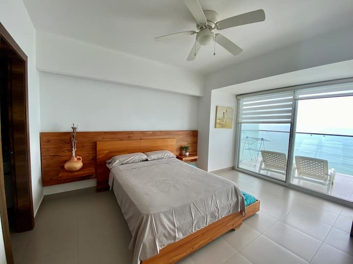 Espectacular Suite de Lujo piso 18 / Luxury Suite