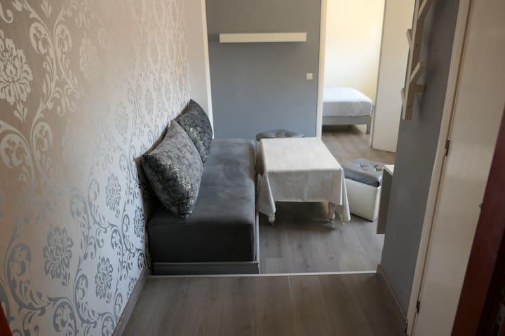 Appartement Moderne, douche, cuisine privée