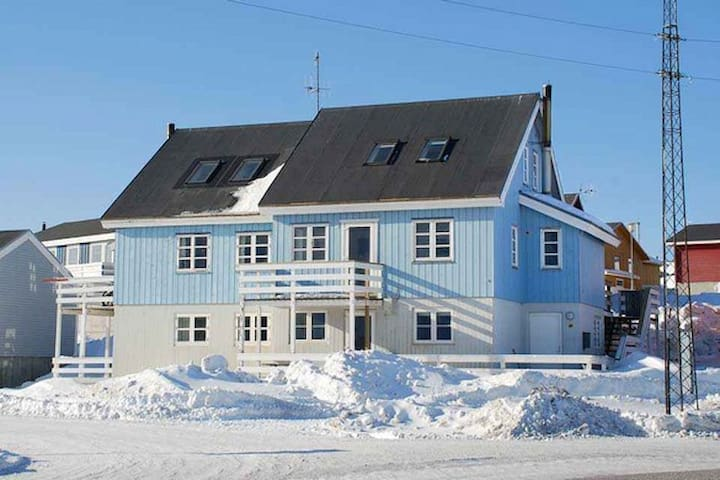 Nice & cozy flat - Nuuk - Appartement