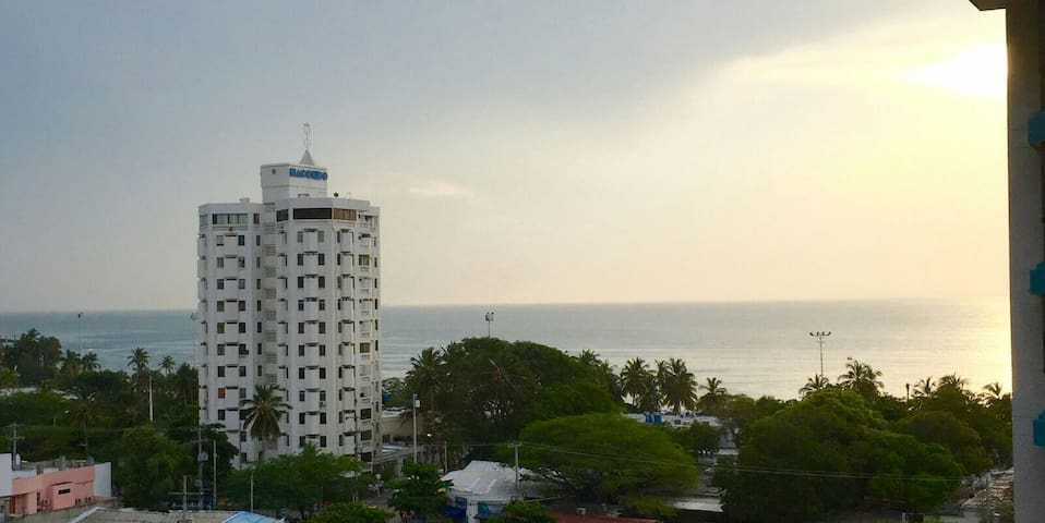 Apartamento con maravillosa vista - el rodadero - Flat