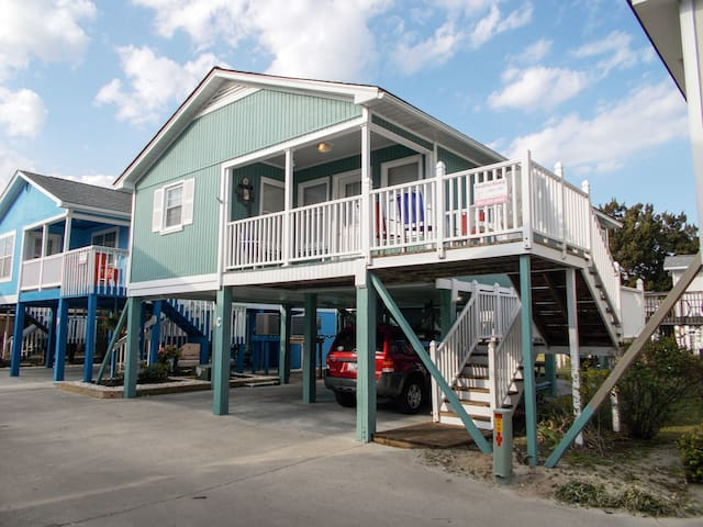 "Cozy ""Sea Mint"" Beach Cottage ~ 2nd Row to Ocean! - Garden City - Hus"