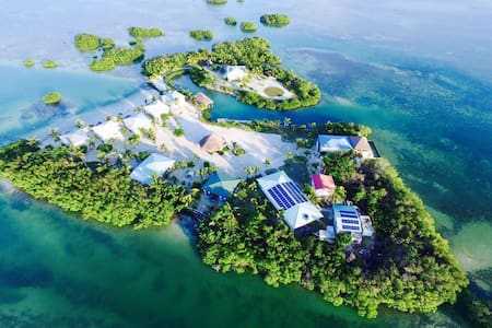 Royal Palm Island - Private Island Resort - Belize City - Bungalow