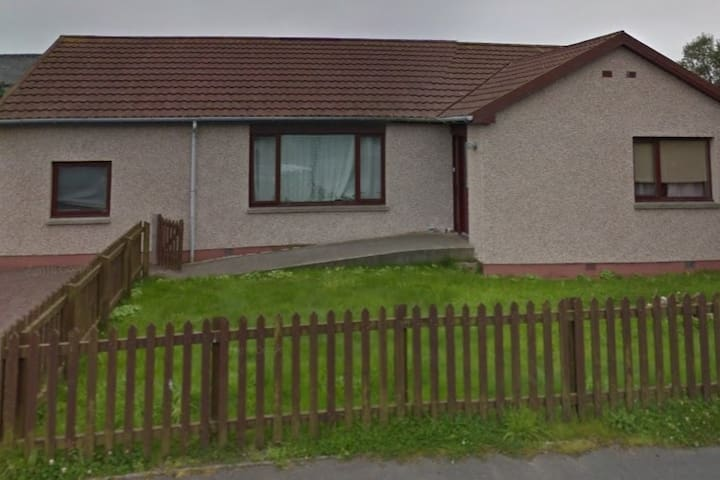 Accessible 3 Bedroom Bungalow in tranquil area