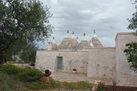 Casa Sisto Trulli in uliveto - Villa