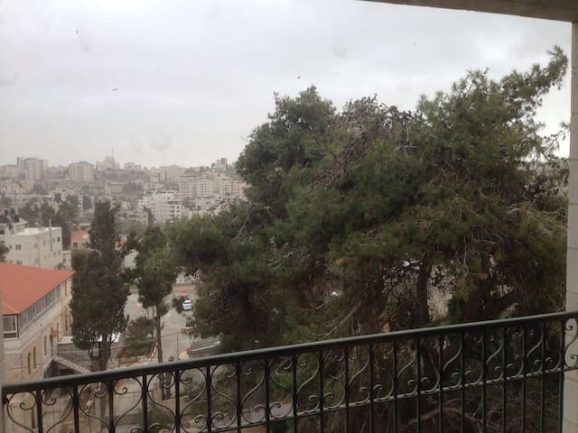 Spacious and comfortable apartment - Ramallah - Apartemen