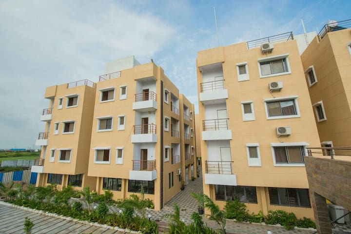 Furnished AC Flats with Services on Rent in Dahej