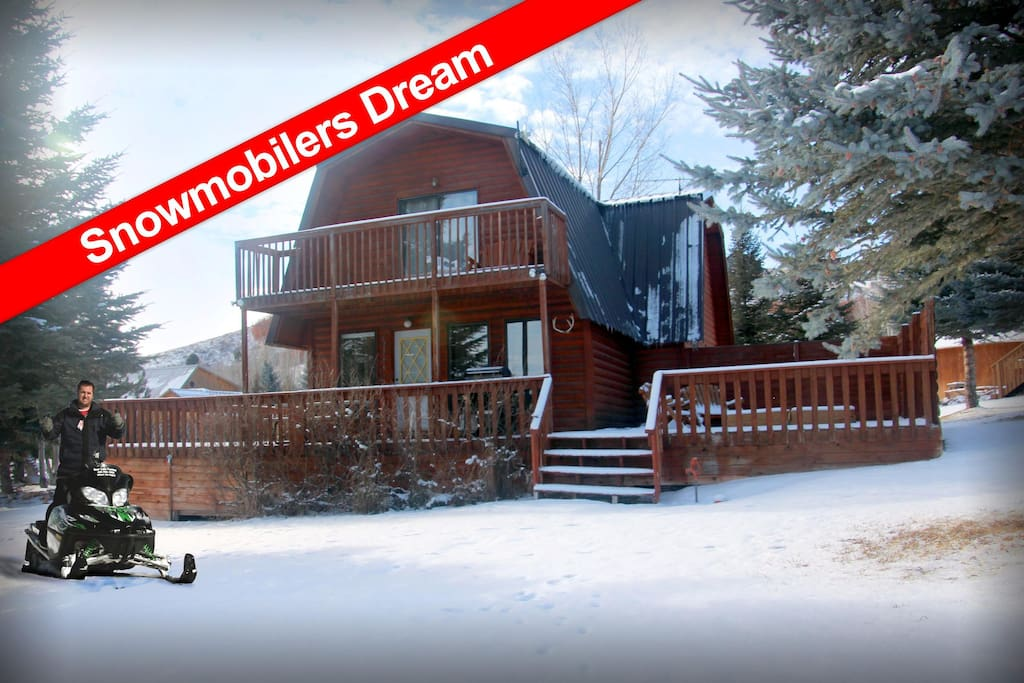 Visit Cabin 453 in the winter