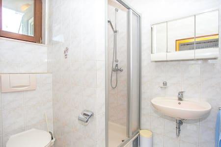 Apartments Josipa / One bedroom A3 - Sumartin (Brac)