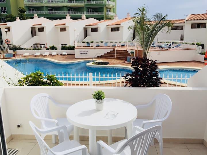 Fantastic sun and beach !!  new apartment 🌞