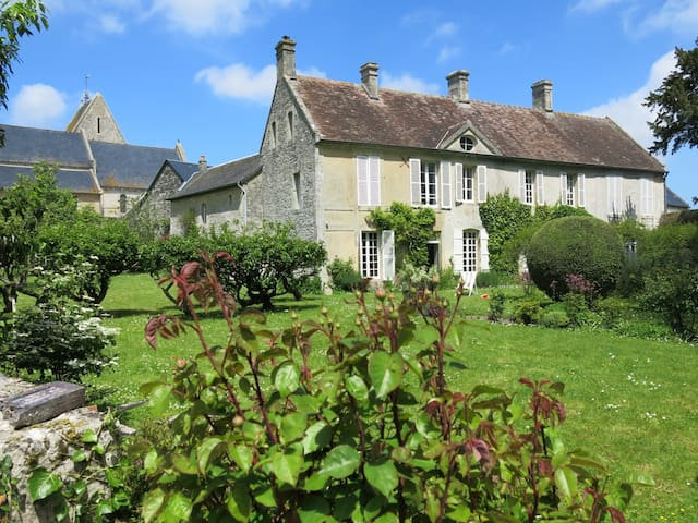 Beautiful family house near the D-Day beaches
