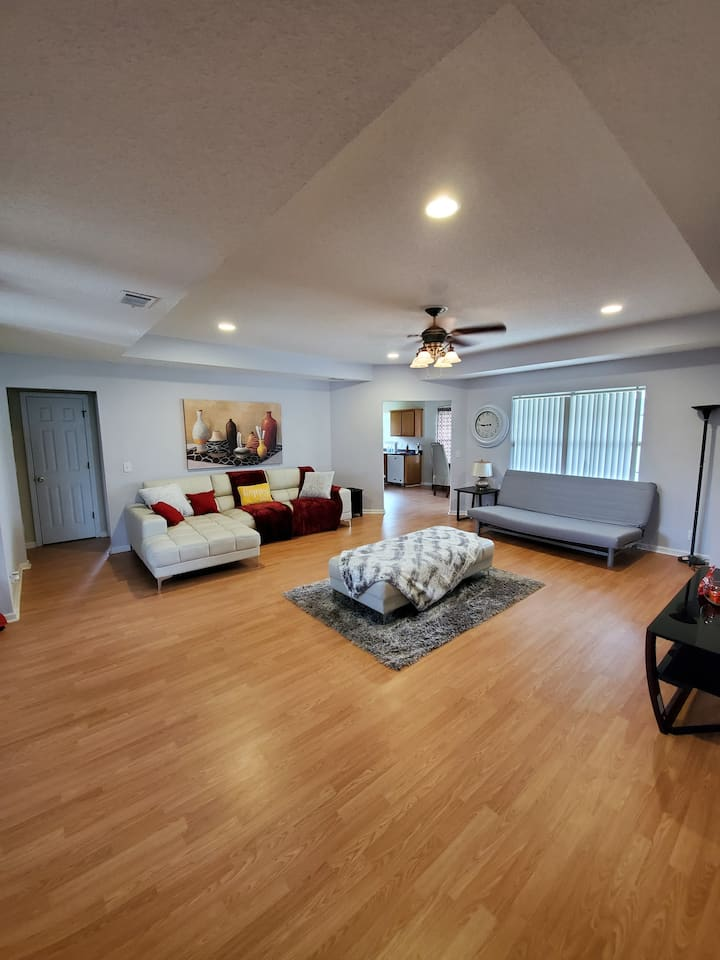 Spacious, Clean and Perfect for Social Distancing