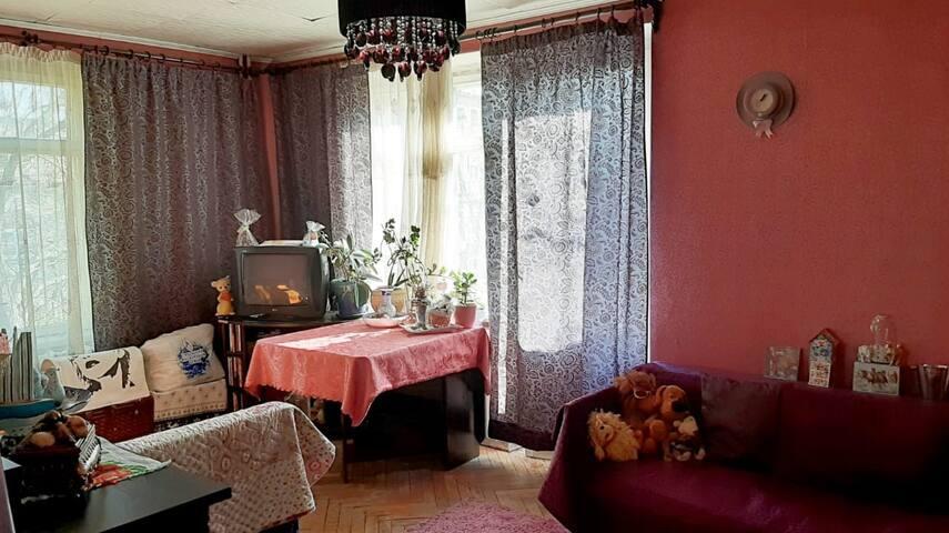 Комната в Двушке ,Дамам посуточно,Короткие сроки