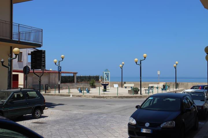 50 metri dal mare, spiaggia libera - Villa Margi - Apto. en complejo residencial