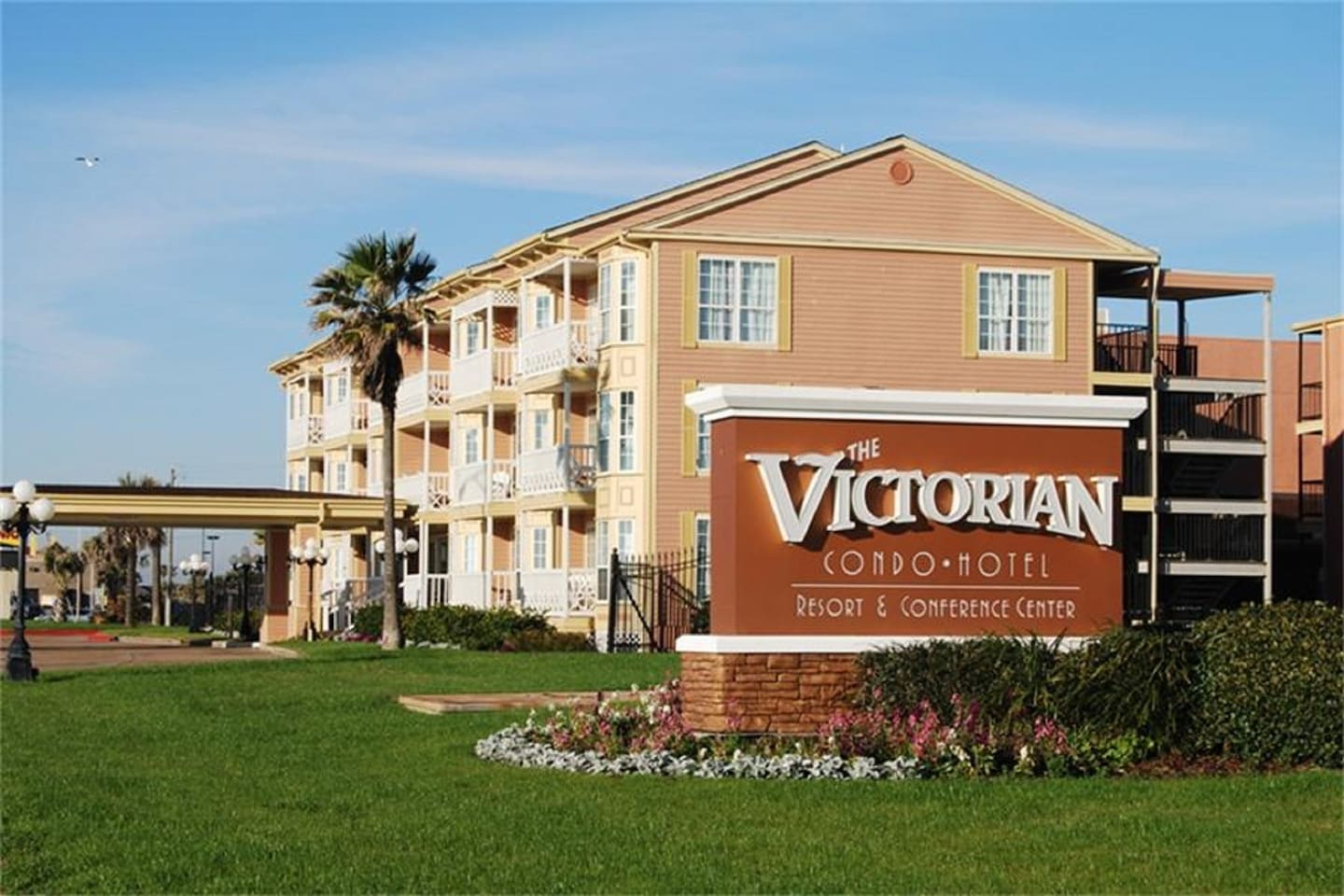 """Welcome to """"Glory Days"""" at the Victorian"""