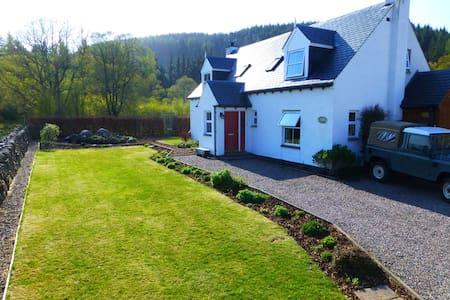 Fox Hill Cottage, Whitebridge. - Whitebridge - Rumah
