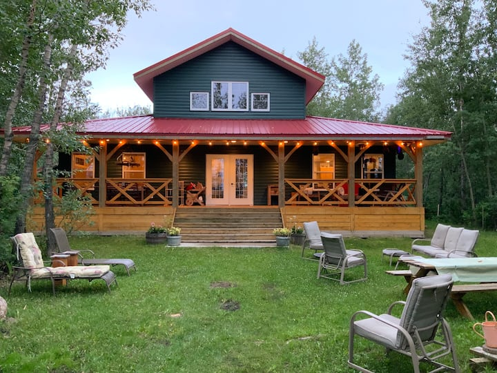 Family Cabin on Buffalo Lake AB