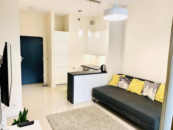 New apartment with own garden in modern housing