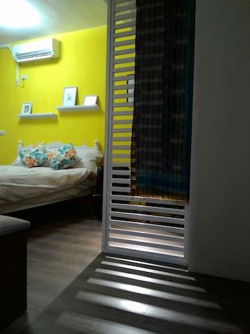 中原夜市溫馨套房 讓您有回到家的舒適感~
