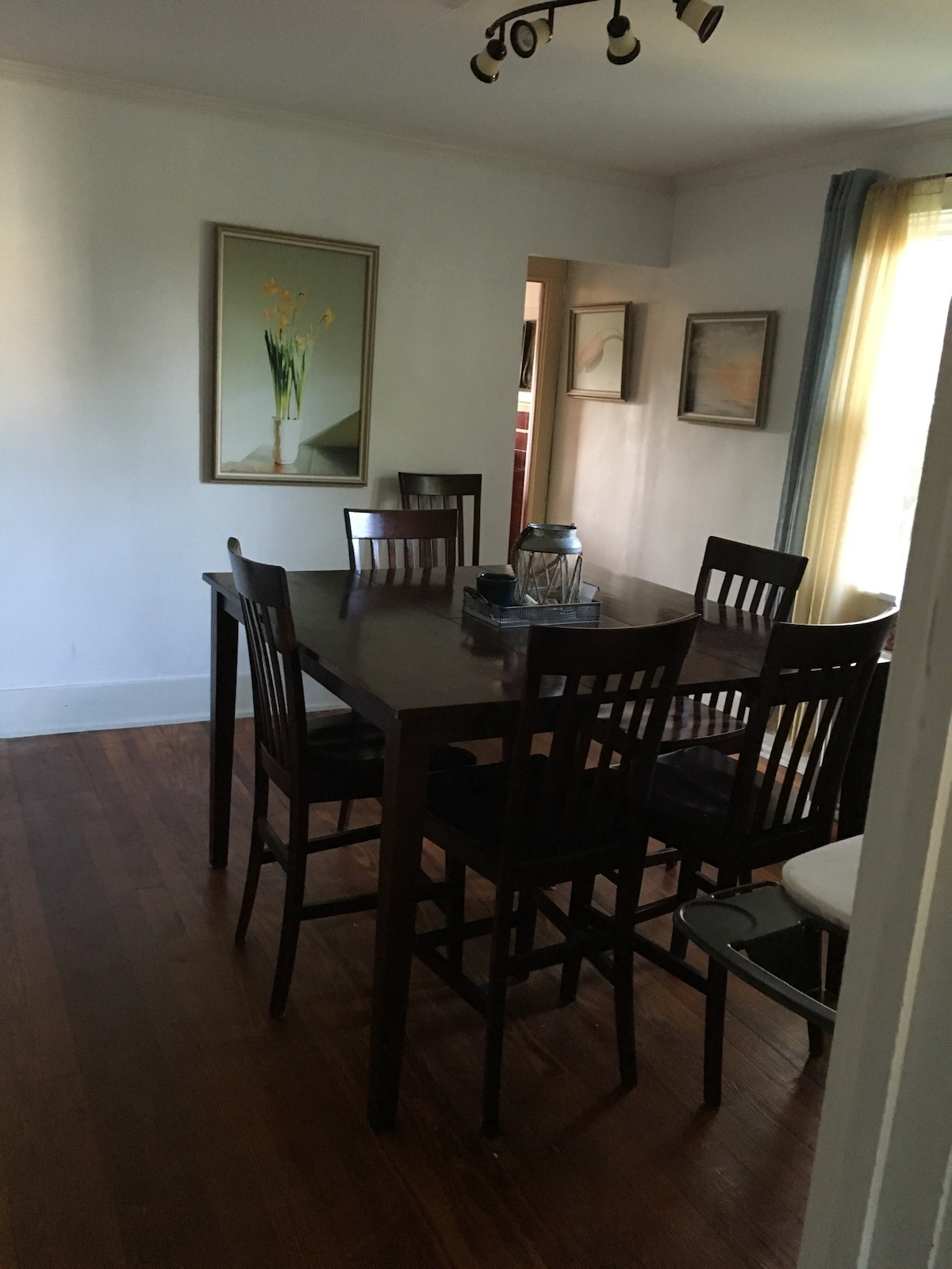 Small Bed, Small Bedroom 9x9.   Apartments For Rent In Allentown,  Pennsylvania, United States