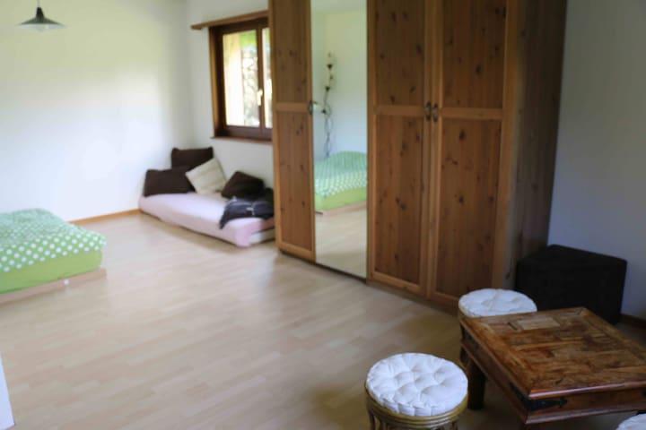 2 chambres dans une villa à Bex - Bex