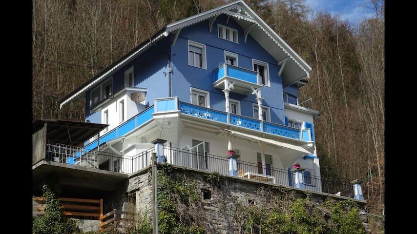 Nihau Hause 2