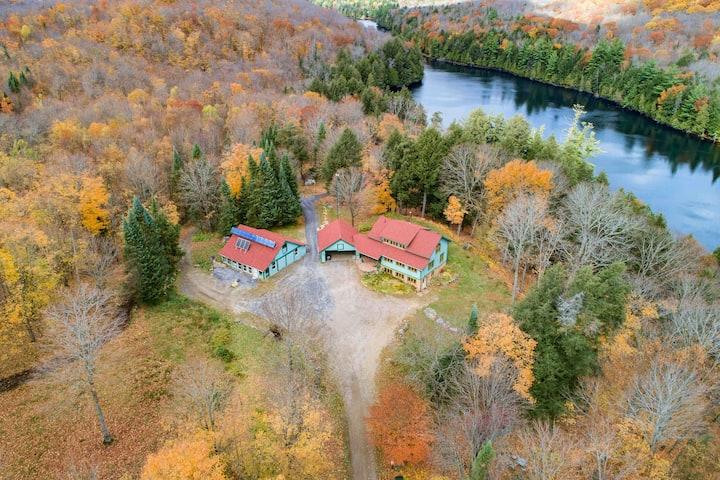 Private 4-Season 50 Acre Lakefront Retreat