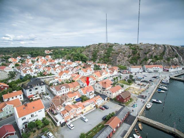 Bo mitt i Grebbestad - strandpromenaden - Tanum V - Appartement