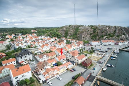 Bo mitt i Grebbestad - strandpromenaden - Tanum V - Apartment