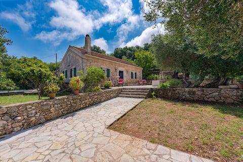 Villa Dimitra 1768