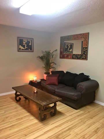 Pet friendly 1 bedroom house