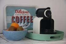 Mogelijkheid om zelf koffie en thee te zetten.