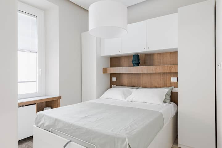 Cozy and luxury loft 15 min walk from Colosseum -M