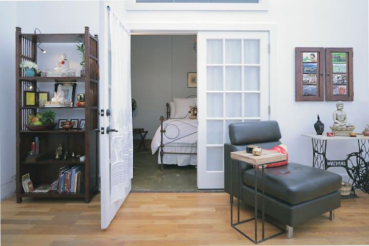 Tranquil Industrial Loft - Cozy BeltLine Hideaway