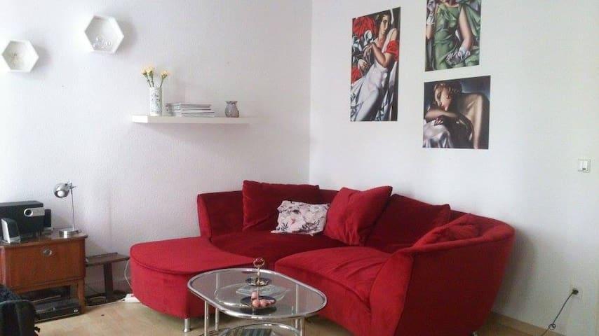 Schnuckelige 2-Raum-Wohnung im Szeneviertel - Dresden - Leilighet