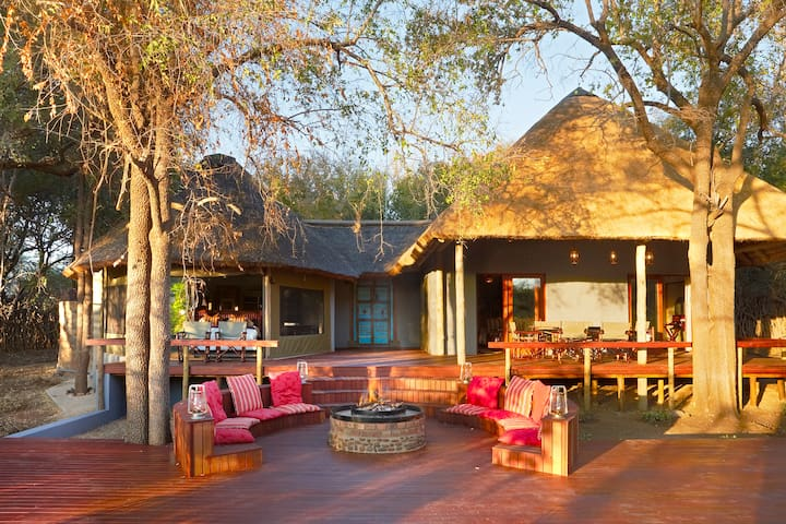 Jaci's Safari Lodge Self-Catering Safari Suite