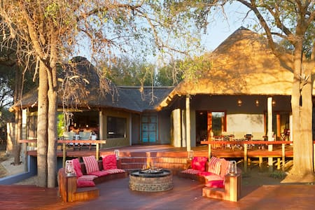 Jaci's Safari Lodge Self-Catering Safari Suite